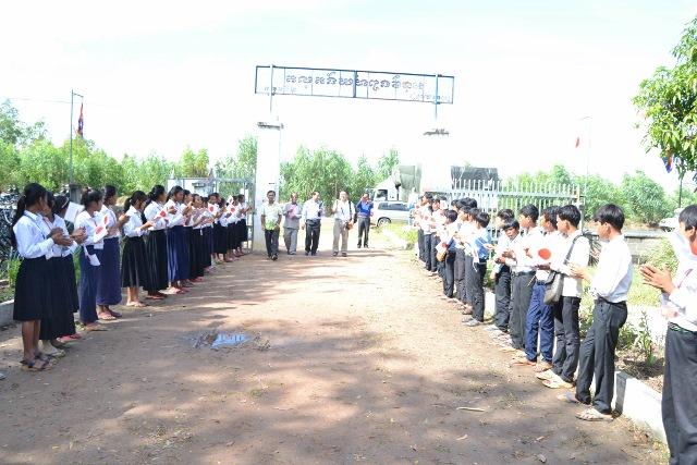 カンボジア訪問学校