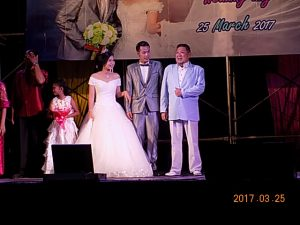 元奨学生の結婚式