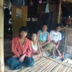 ミャンマーの3人のダルニー奨学生
