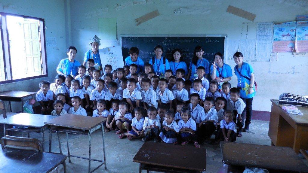 ラオス小学校支援と交流