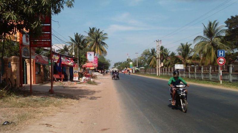 コンポンチュナン県 T村