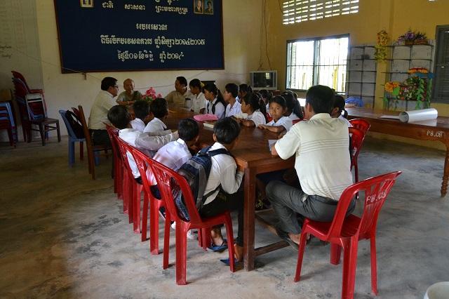 カンボジア事務局長のチャンディ