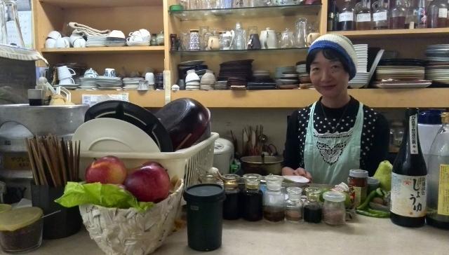 社会的起業をしたキッチンハリーナの店主・佐藤さん