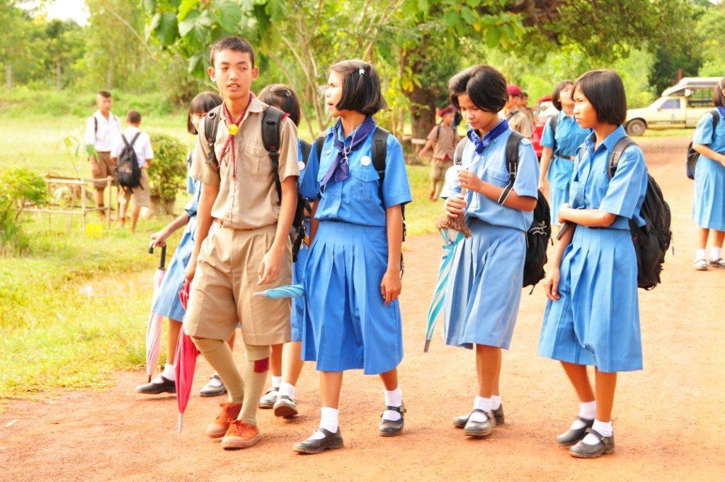タイ東北地方(イサーン)の子ども達