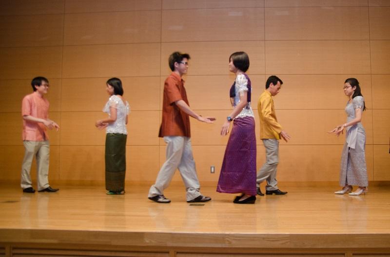 カンボジアの伝統的なダンス