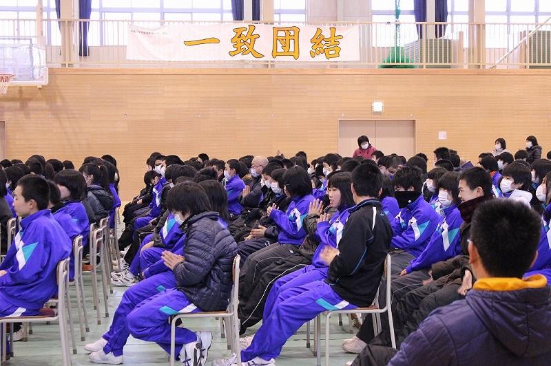 陸前高田市立第一中学の生徒たち